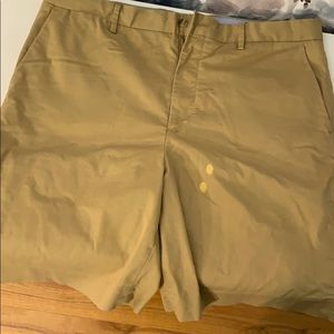"Polo Ralph Lauren men's tan shorts.9""inseam Sz 36"